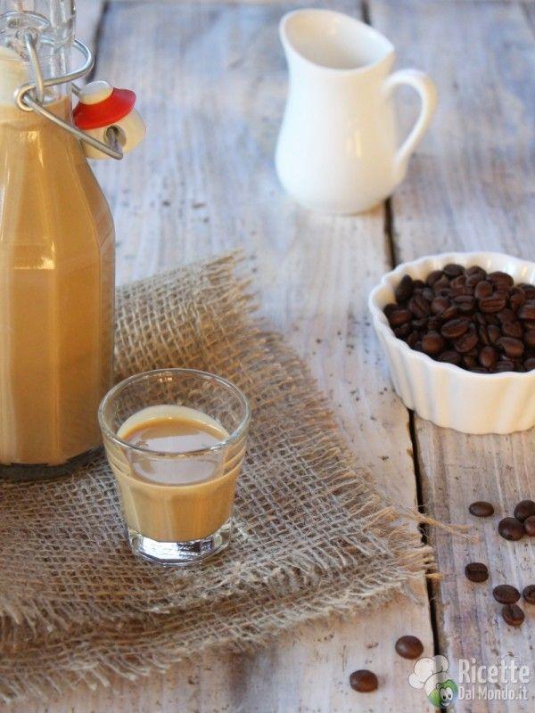 Come fare il liquore al caffè cremoso