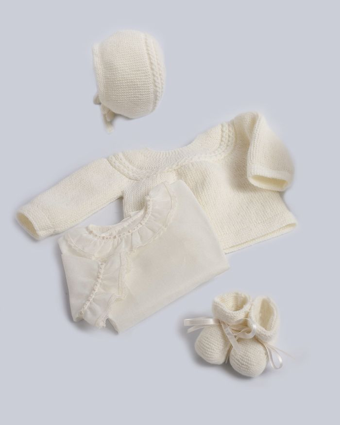 The Princesa Carlota collection from Irulea.com - Spanish company and the source of Princess Charlotte of Cambridge's layette set.