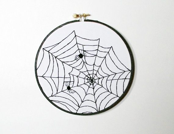 halloween embroidery repinned by lazydaisytotes wwwetsycomshoplazydaisytotes halloween embroideryhand embroideryembroidery patternsspider - Halloween Hand Embroidery Patterns
