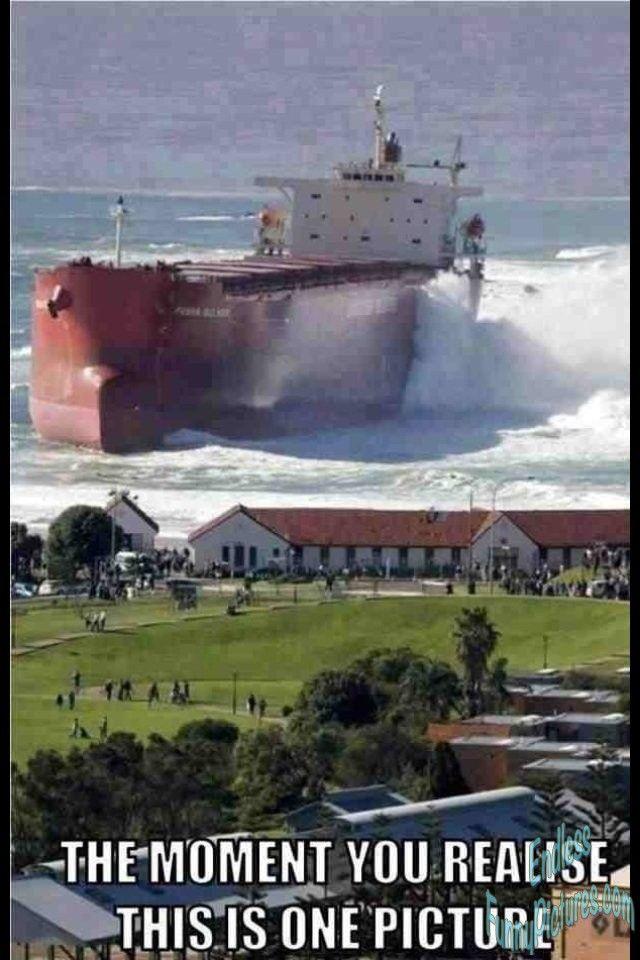 Pasha bulka ran aground in Newcastle, Australia 2007.