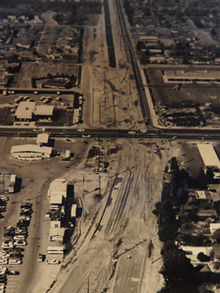Old Classic Cars >> Construction of the Briggsmore Avenue expressway near NcHenry intersection | Modesto, Modesto ...