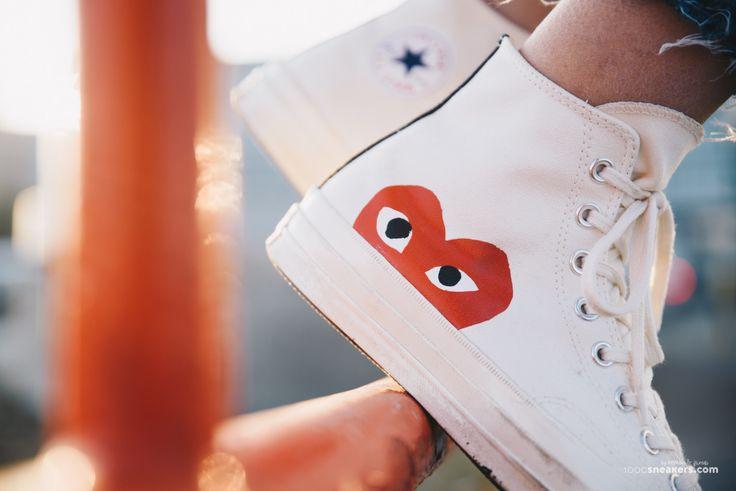 Love Is in the Air!  #footshop #converse #commedesgarcons