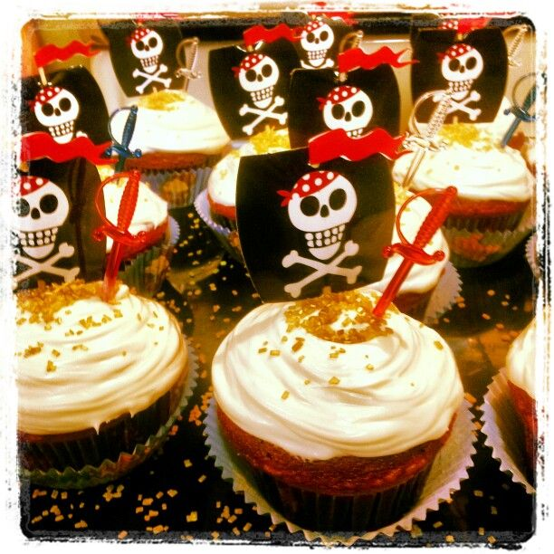 Pirate cupcakes - cute sword but ok for toddlers?