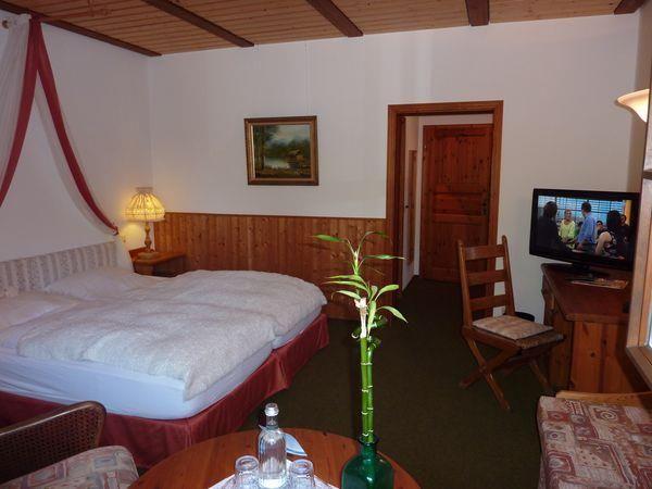 Eines unserer Doppelzimmer im AKZENT Hotel Zur Wasserburg***S