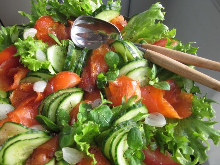 Kevätjuhlan salaattivati