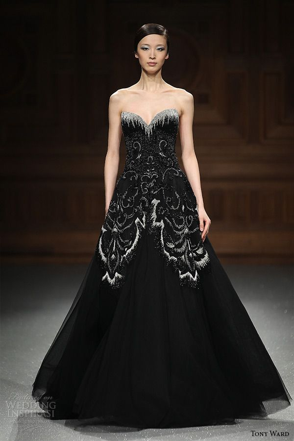 tony ward couture 2015 runway strapless sweetheart neckline black a-line wedding dress