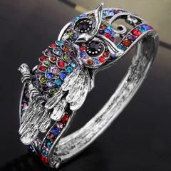 Super cute and colorful owl ring! I want!!