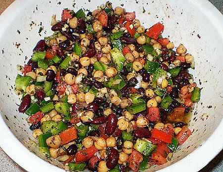 Salade haricots rouges, pois chiches et piment doux