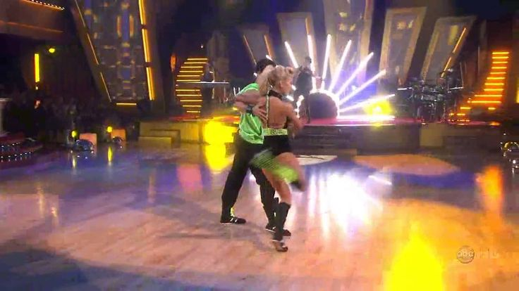 Kylie Minogue - Can't Get You Out Of My Head (Dancing With The Stars 200...