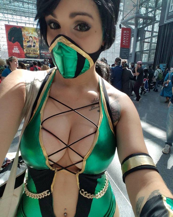 Sexy nami cosplay