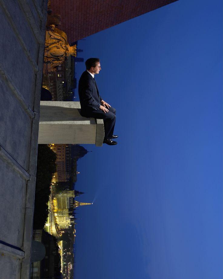 Philippe Ramette - Pondering