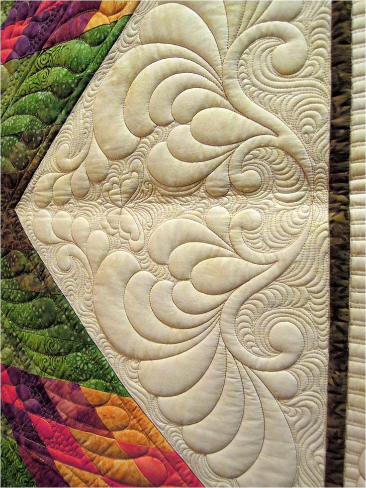 """Quilting detail, """"Flutter Garden"""" by JoAnn Kilgroe, quilted by Jessica (Jones) Gamez. 2013 AZQG. Photo by Quilt Inspiration."""