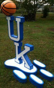 UK standup yard sign!! LOVE THIS!! WANT THIS!! AWESOME!!