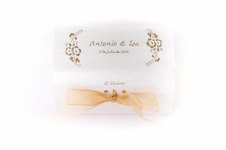 #Caja conjunta pequeña, #Boda Antonio & Isa, #porta #anillos y #arras. www.lolagranado.com