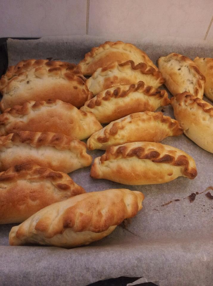 Finnish Meat Pies - oven baked - I should be able to figure out a gluten free version...