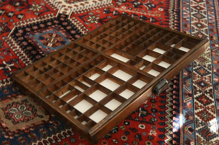 Cassettiera antica per caratteri di stampa