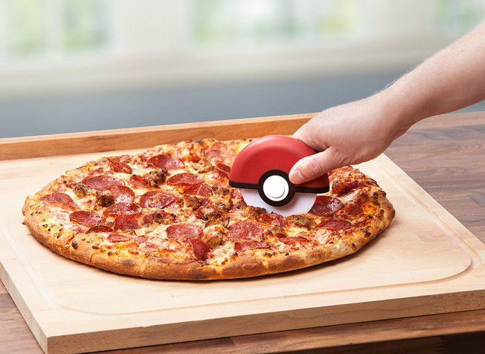 Pokemon Ball Pizza cutter