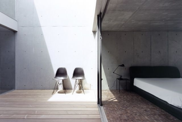 Concrete light well