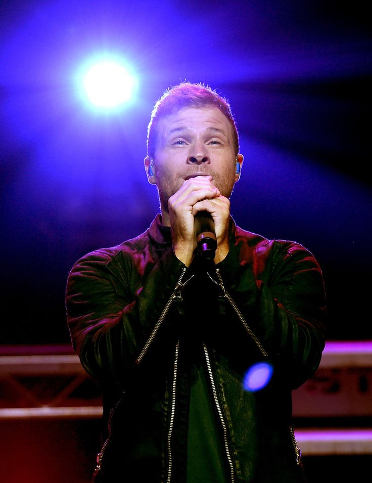 Brian Littrell Photos Photos - Singer Brian Littrell of Backstreet Boys perform live on the Honda Stage at the iHeartRadio Theater LA on September 30, 2016 in Burbank, California. - Backstreet Boys Perform Live on the Honda Stage at the iHeartRadio Theater LA