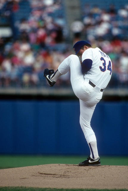 Love this leg kick.  I have heard Tom House and Mike Paul talk about him saying he lifted as high as he could and strided as far as he could.  Power Pitcher!