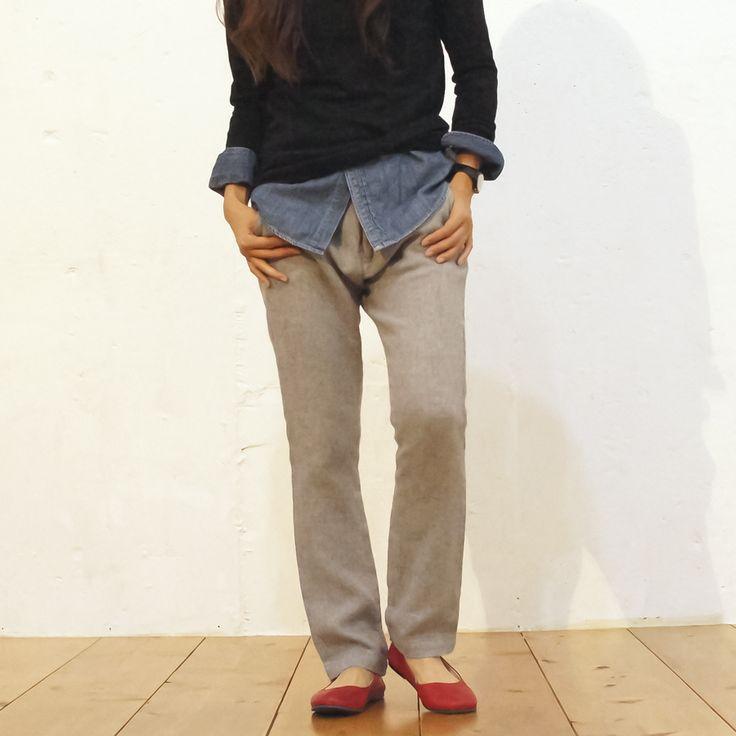 "SLOOP model / Red color  シワ加工 Leather シリーズ ""MANZONI""   facebook https://www.facebook.com/comfyseed   Web site http://item.rakuten.co.jp/comf-y/manzonigray/"
