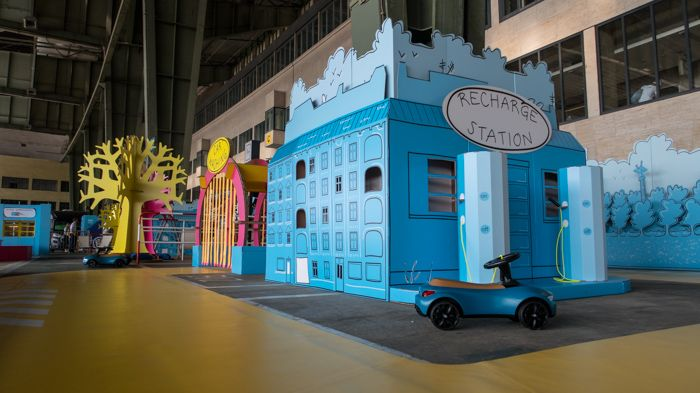 Diseno De Eventos Sostenibles In 2020 Event Decor Cardboard