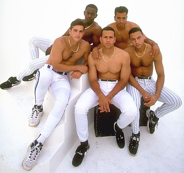 I'm SOOOOO pissed that I hadn't seen this 1997 photo before today. Shirtless A Rod? Jeter? Priceless.