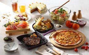 Обои блюда, торт, ассорти, овощи, сок, салат, пицца, соус, мясо, суши