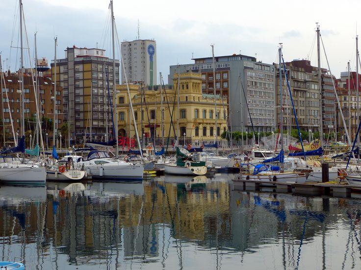 17 best images about gij n qu guapo eres on pinterest - Puerto deportivo gijon ...