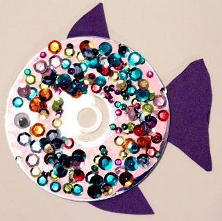 Cute fish craft for kids using a cd