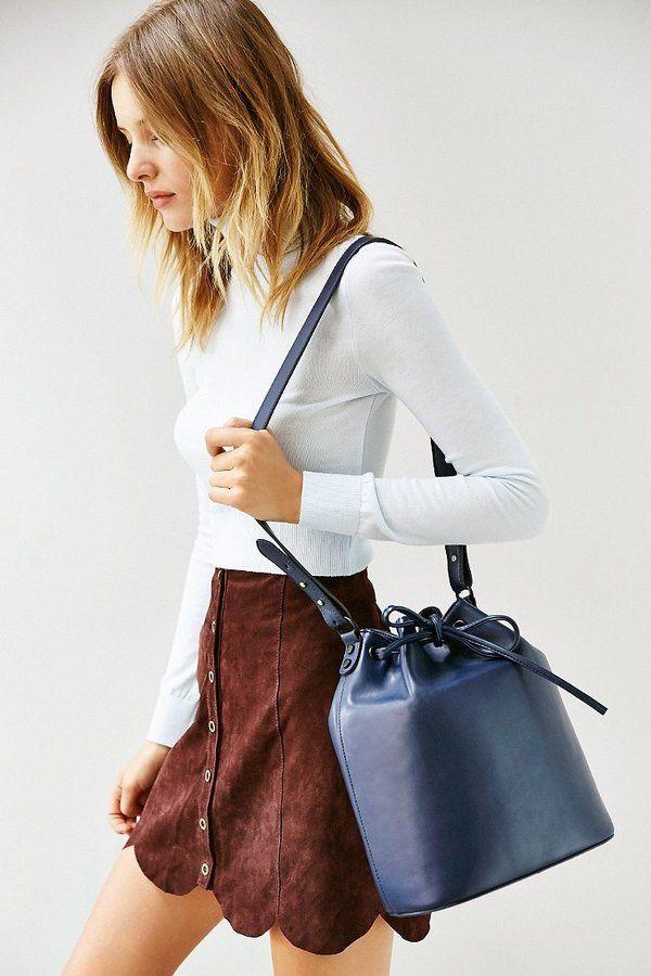 Cooperative Structured Bucket Bag