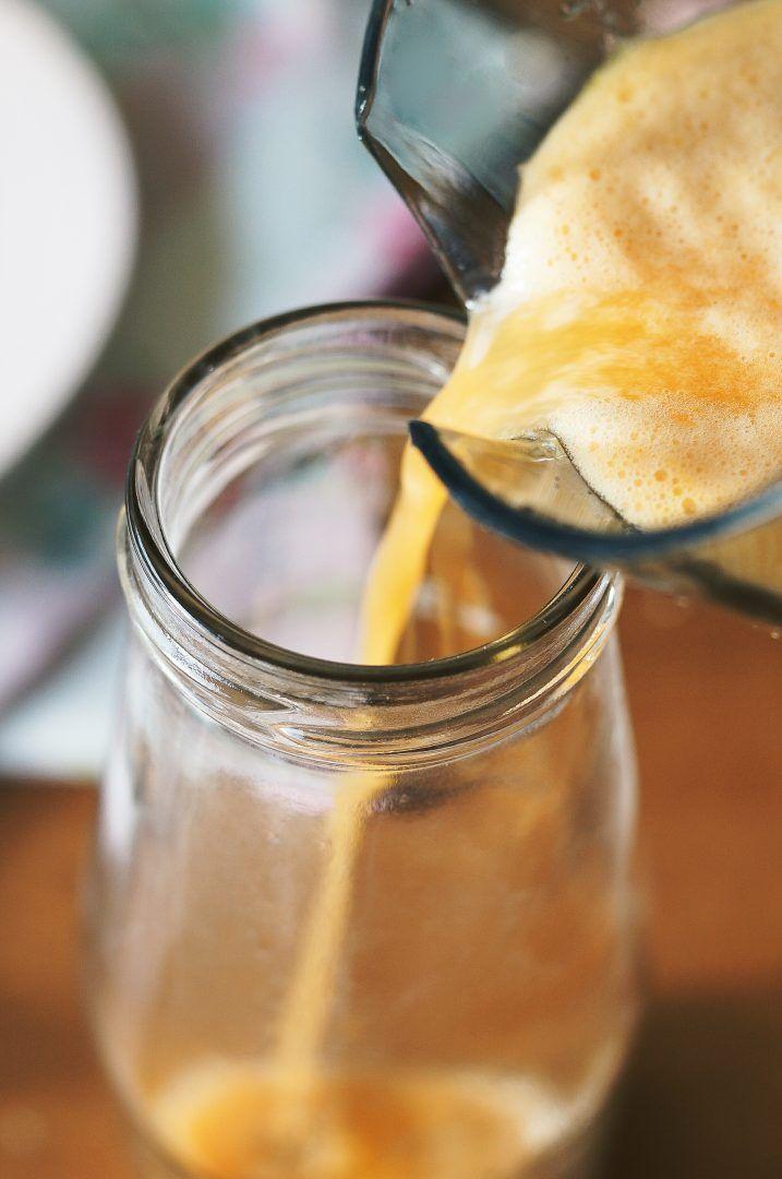 Winter Vitamin Juice - Centrifuga di mele , carote , limone e zenzero 7