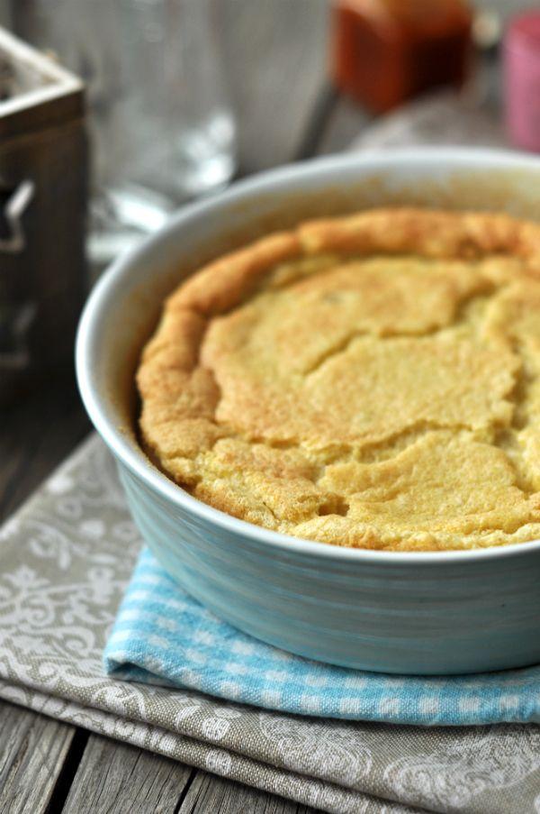 Daratorta - tejmentes süti Mai receptünk egy rizskochoz hasonló tejmentes süti, a darafelfújt. Ha mandulaitallal és kókuszzsírral készül, akkor a laktózmentes, tejmentes étrendbe is beilleszthető.