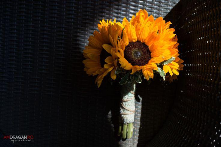 #amdragan #weddingphotographer #weddingflowers #weddingdetails