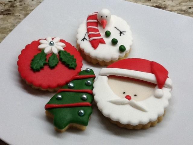 Christmas cookies by www.mutfakmaceralarim.com