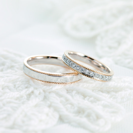 Each full order engagement or marriage rings has original stor at crème + crème.