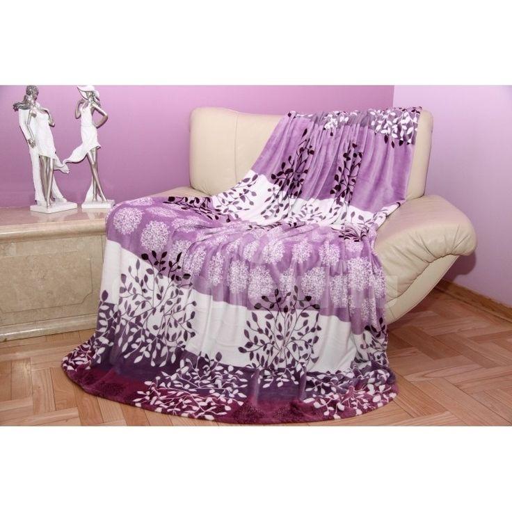 Moderná deka z mikrovlákna s kvetinovym motívom fialovo - biela