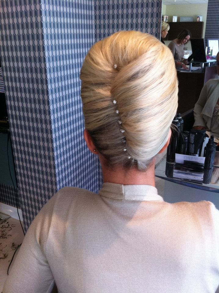 5pm.co.uk - Health & Beauty - Hair Up @ Kallos of Bearsden