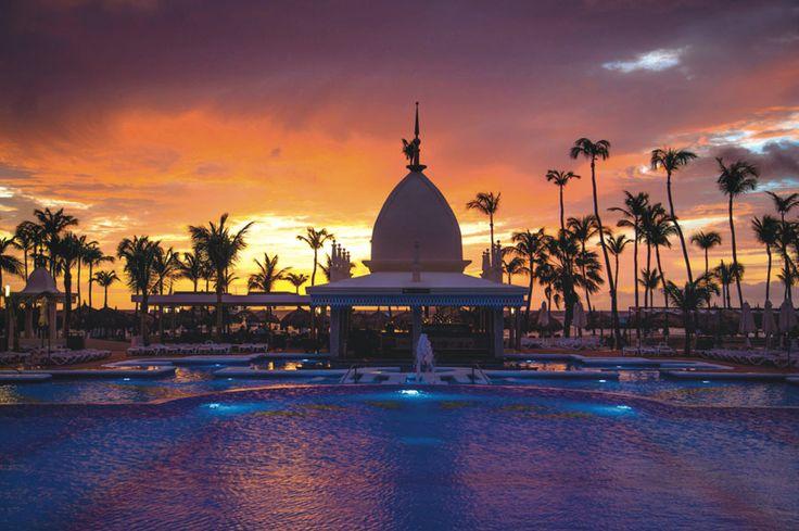 Hotel Riu Palace Aruba – Hotel in Palm Beach – Hotel in Aruba - RIU Hotels & Resorts - Sunset - romantic destination