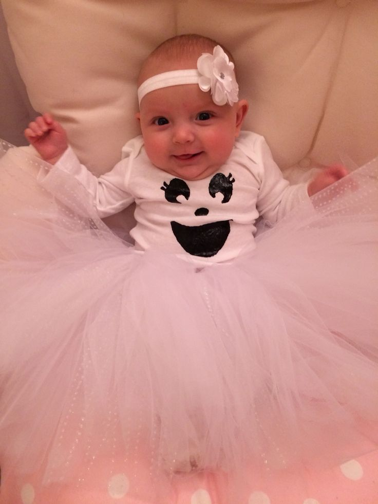 DIY ghost costume for infants! Tulle skirt and onesie with puffy paint ghost face. Super easy!