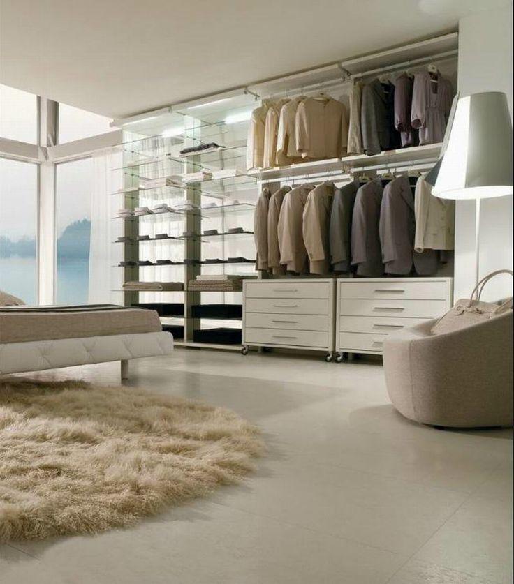 LA FALEGNAMI - Walk in closet - Minimal white lacquer and mirror