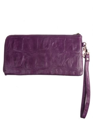 Every girl needs a wallet that reflects her glamour and beauty. This purple purse by Vikson is the perfect way in which to do so. It is edgy, girly and will match almost any bag. With a convenient hand strap, this clutch-style wallet can be taken anywhere, without hassle.