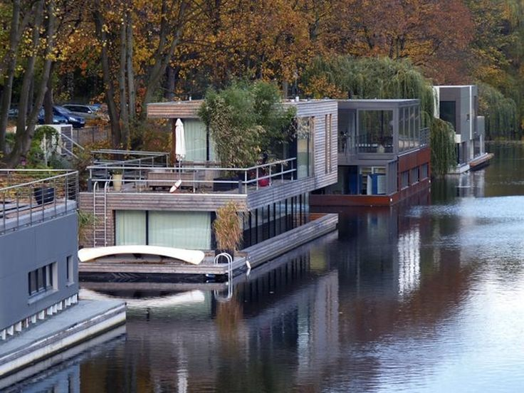 203 best Floating Homes images on Pinterest | Houseboats, Boat house ...