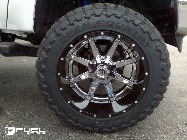 FUEL OFF-ROAD 2PC D260 - MAVERICK CHROME CENTER Chrome on Ford F-250
