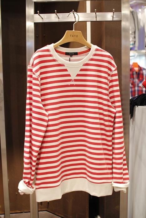 red stripe cotton T-shirts. 테이트 @ 현대백화점 신촌점 유플렉스