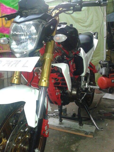 Rebuild Yamaha 150 mini supermoto