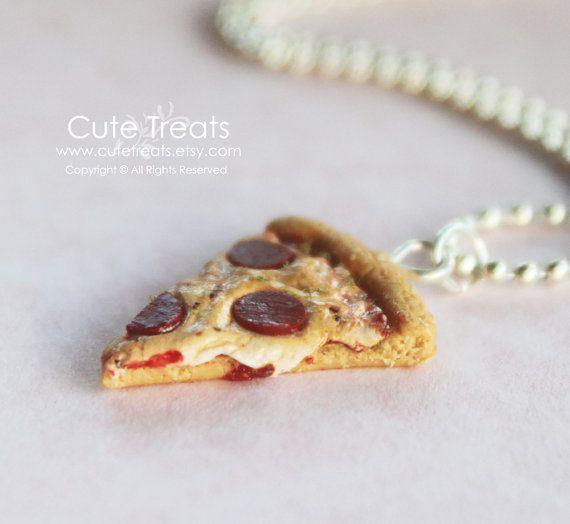 Miniatuur voedsel sieraden  Pizza ketting van Cutetreats op Etsy