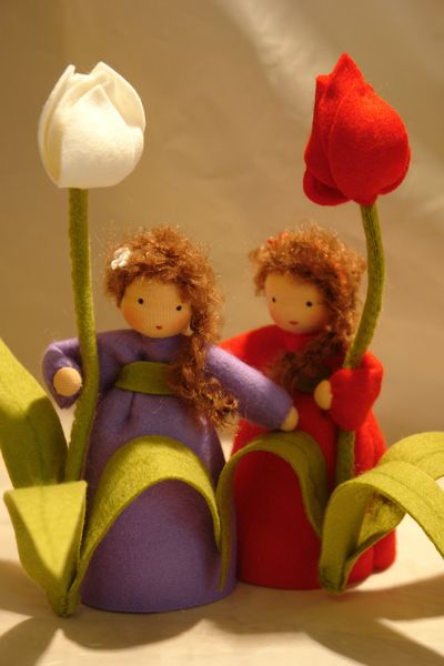 ACHTUNG!!! LIEFERZEITEN ZUR ZEIT 4-6 WOCHEN!!      Katjas-Puppenstuebchen.de    Handgefertigte Blumenkinder und Jahreszeitenfiguren für den Jahreszeit