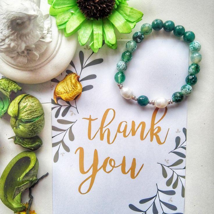 🇵 🇺 🇪 🇱 🇱 🇦  🇯 🇪 Тренд этого года среди цветов - зеленый! Яркий, насыщенный - он полон сил и энергии, а главное он готов передать свою энергию прекрасной хозяйке👸 〰〰〰〰〰〰〰〰〰〰〰〰〰〰〰〰 Браслет на фото: ✔️Агат💎 ✔️Жемчуг ✔️Серебро 925 〰〰〰〰〰〰〰〰〰〰〰〰〰〰〰〰 Стоимость: 💸560 грн. или 36 бел.рублей💸. #puellajewelry Ваши заказы принимаем через direct 📨 или в комментариях оставляйте нам сообщения📧. 〰〰〰〰〰〰〰〰〰〰〰〰〰〰〰〰 #jewelry #kiev #ukraine #odessa #lviv #minsk #kievblog #bracelet…