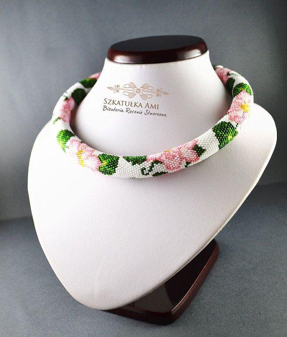 Pink Flower necklace bead crochet rope by SzkatulkaAmiJewelry